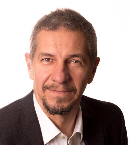 Dr. Dirk Terbeek